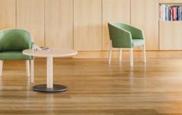 Neuer Stuhl - Neuer Firmenname